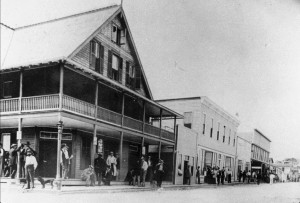 Banyan Street, 1895